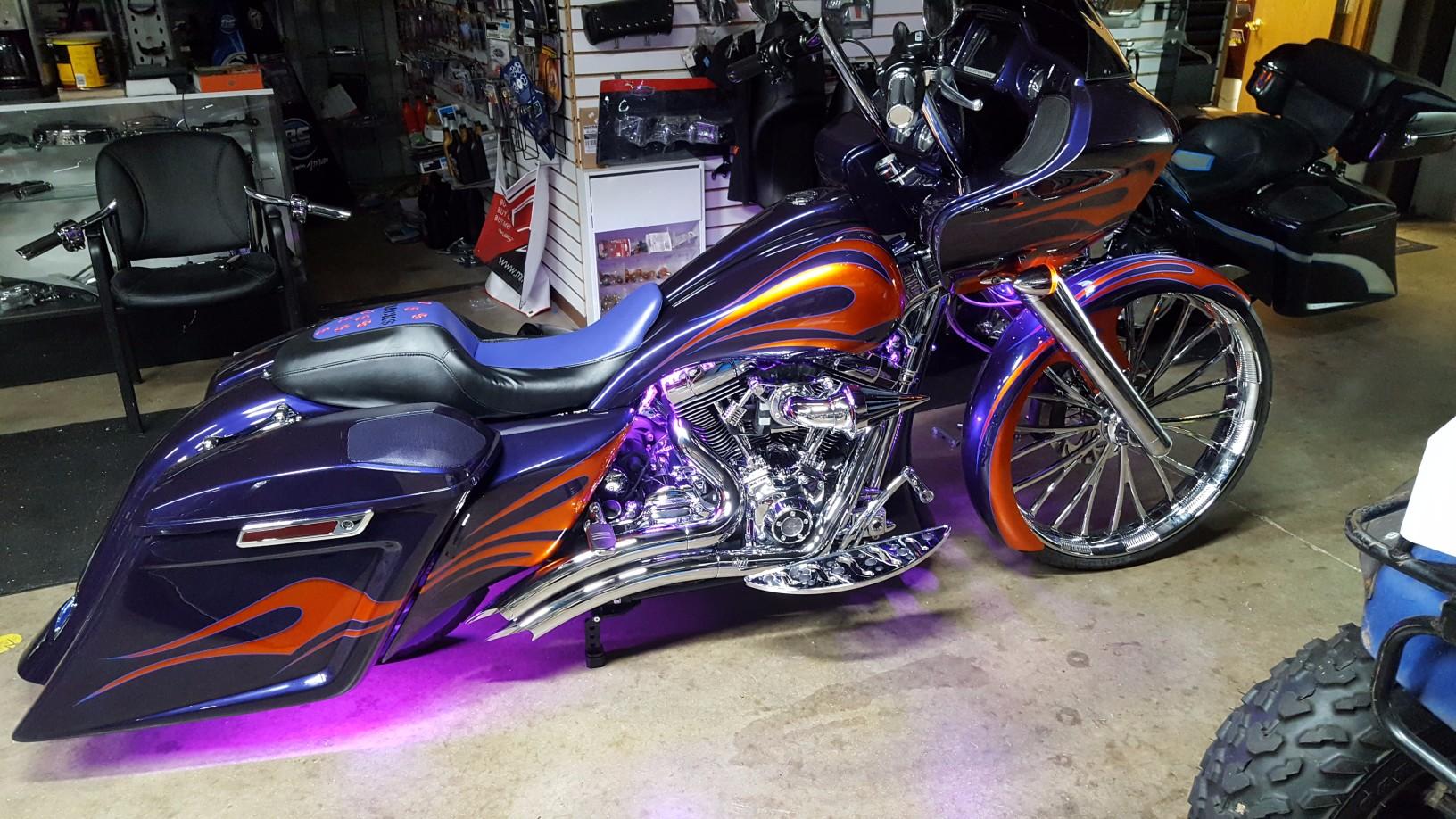 Purple  U0026 Orange Flames  U2013 2016 Road Glide Special